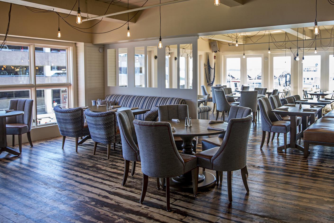 Ri Ra Irish Pub + Restaurant